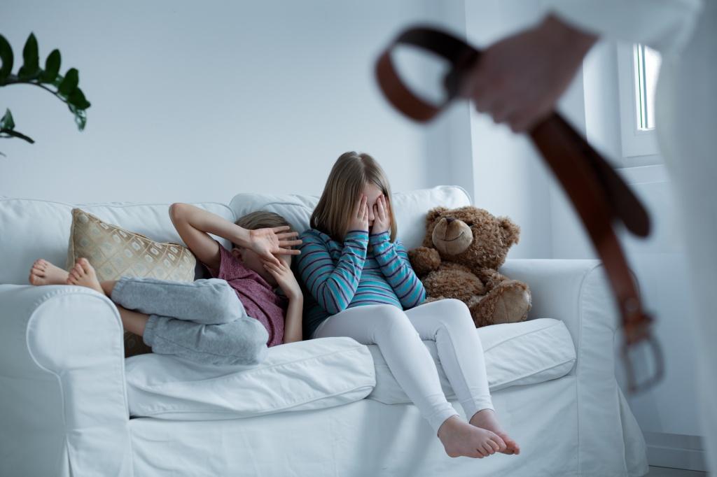 Бить или не бить: советы психологов
