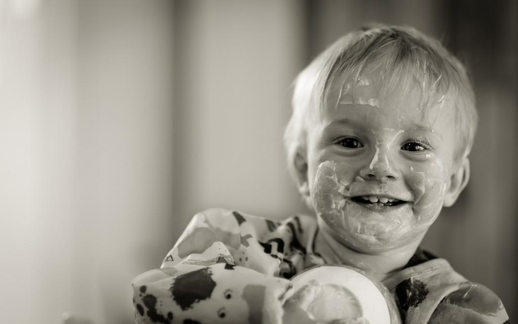 Стоит ли заставлять ребенка кушать