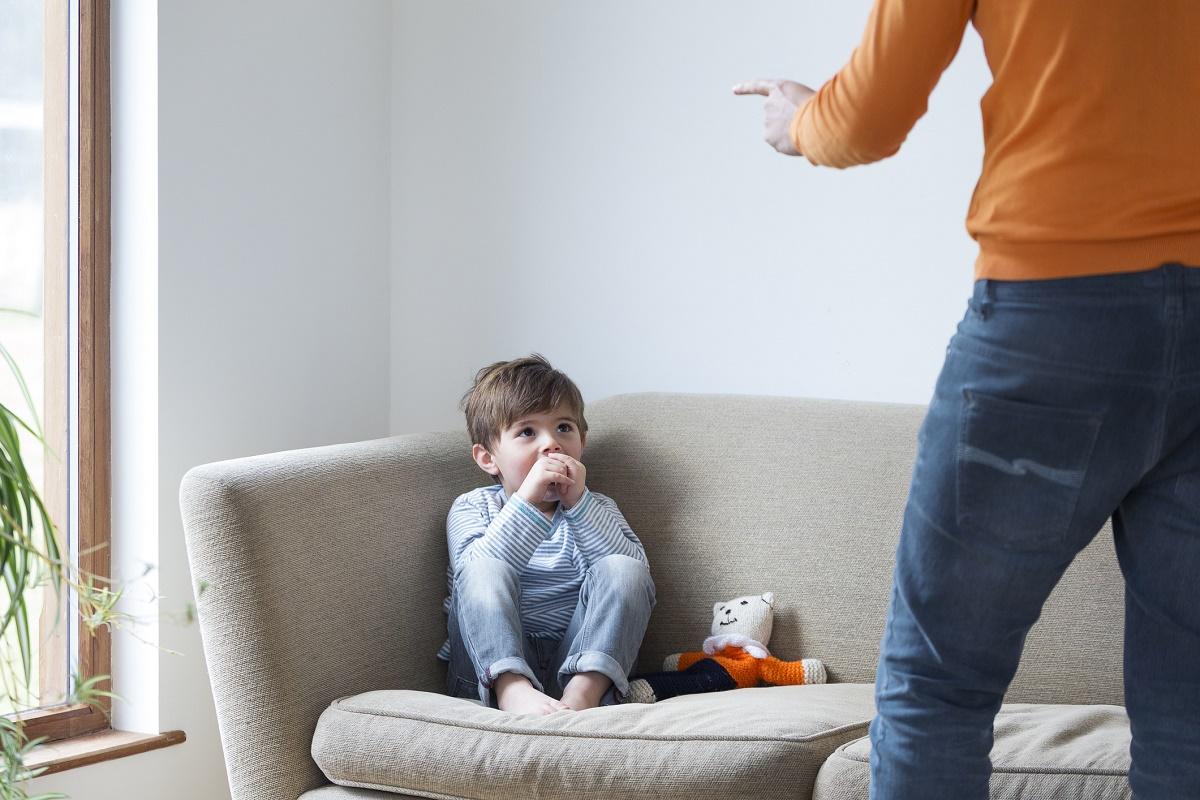 Почему нужно вычеркнуть крик из методов воспитания?