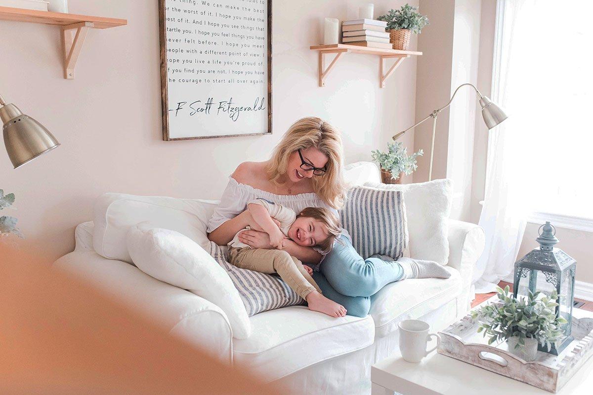 Фриланс у декреті: поєднуємо роботу й радість материнства